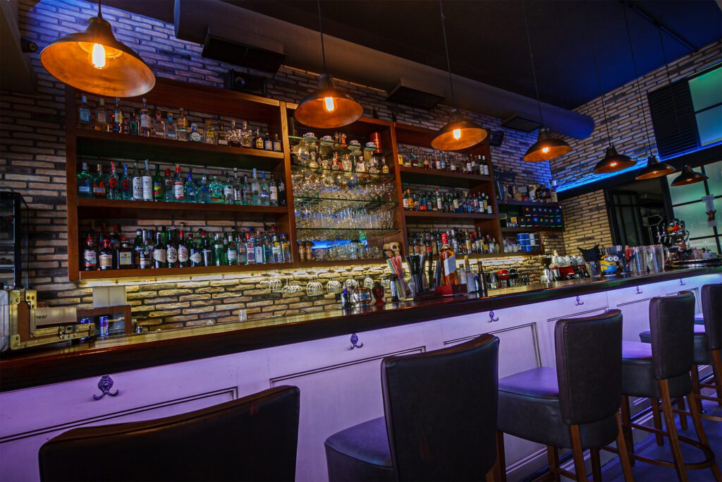 the-ritzy-bar-area